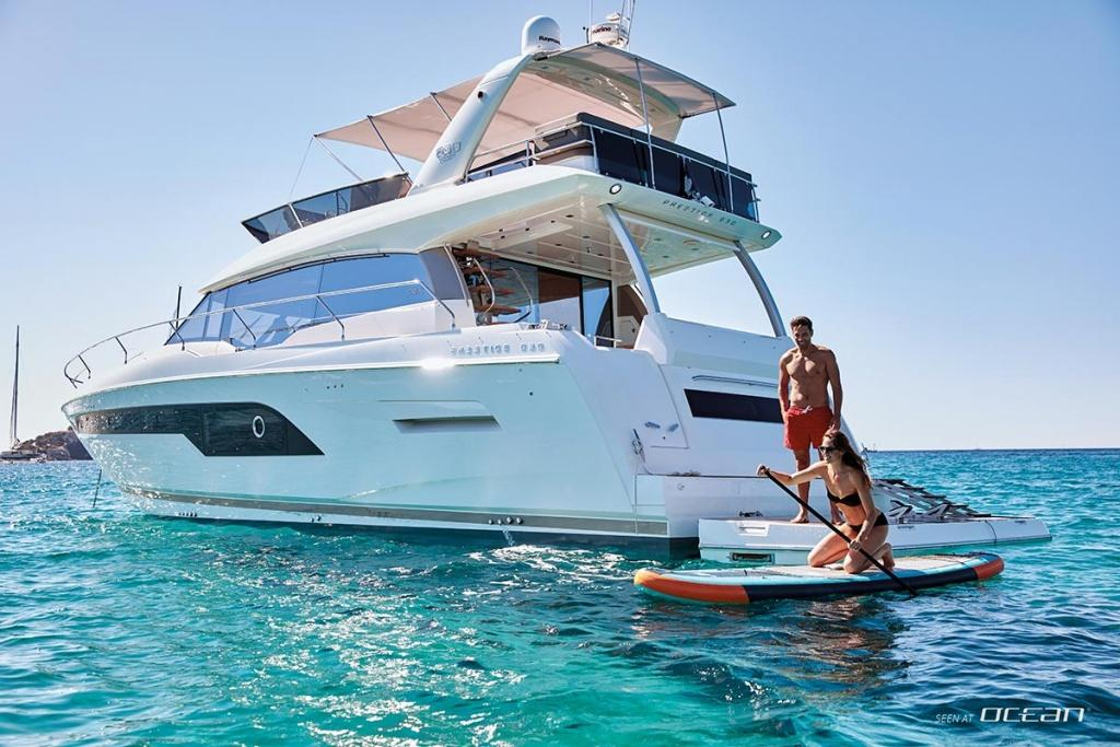 Prestige 630 Luxury Motor Yacht Exclusive Videos And Review